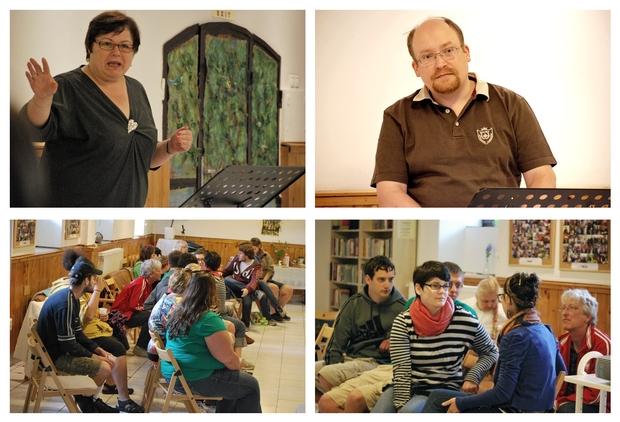 Az amerikai fiataloknak Júlia bemutatta a Közhelyben folyó munkát, Norbert pedig rendhagyó történelemórát tartott