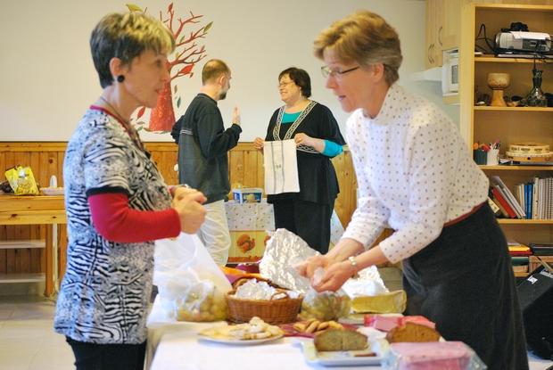 A tanítás és az imák után csináltunk egy kis hálaadás napi vendégséget: hála azoknak is, akik ezt lehetővé tették!
