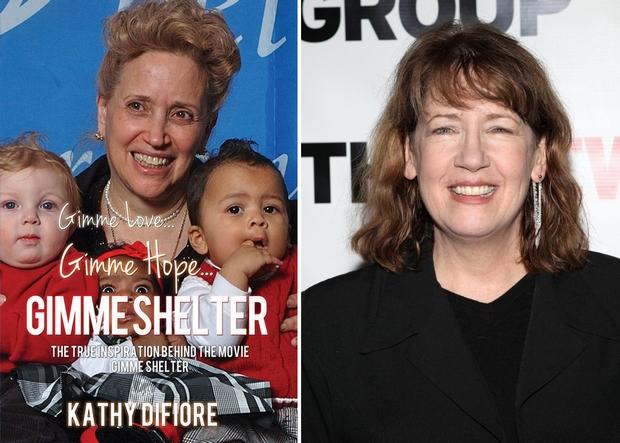 Adj szeretetet, adj reményt, adj menedéket címmel jelent meg Kathy DiFiore könyve (balra); Kathy DiFiore szerepében Ann Dowd  (jobbra)