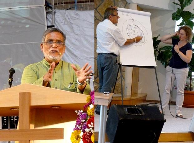 Balra CB Samuel, indiai főelőadó, jobbra Johannes Reimer az imaéjszakákról tanít, Dani Eszter tolmácsol