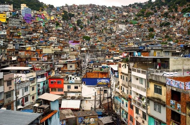 Trash_Kozhely_favela